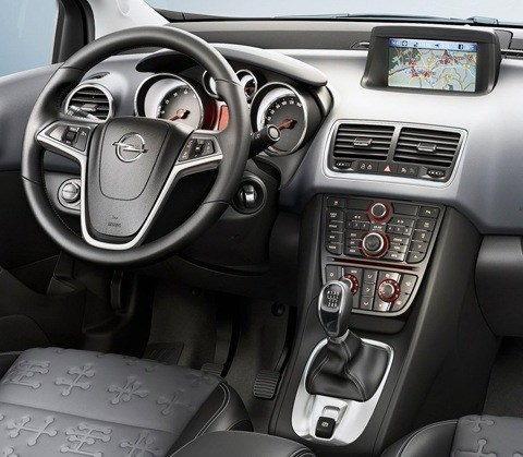 Opel-Meriva_2011_chico7