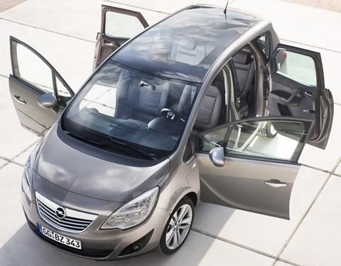 Opel-Meriva_2011_chico9