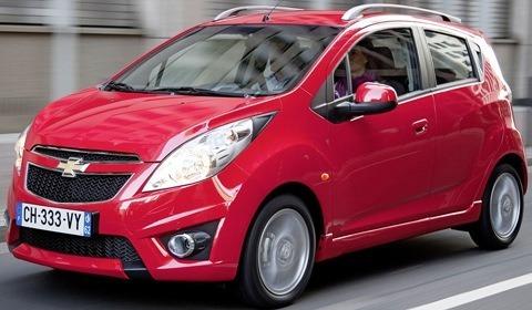 Chevrolet-Spark_2012-chico10