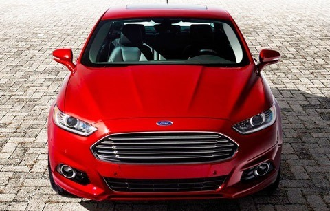 Ford Fusion 2013-chico10