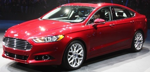 Ford Fusion 2013-chico2