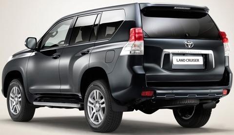 Toyota-Land_Cruiser_2011_chico1