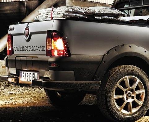 Fiat-Strada_2013_chico10