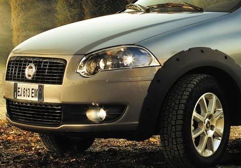 Fiat-Strada_2013_chico11