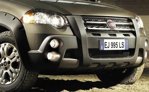Fiat-Strada_2013_chico12