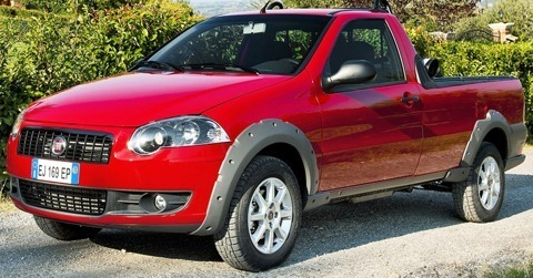 Fiat-Strada_2013_chico4