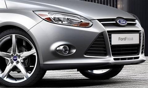 Ford-Focus_2012_11