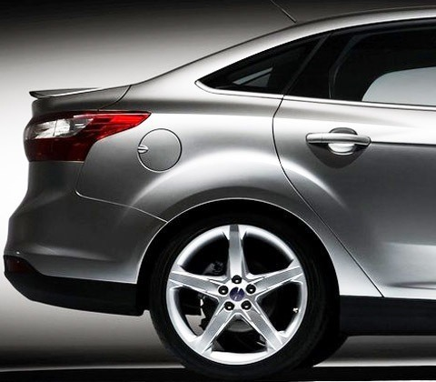 Ford-Focus_2012_12