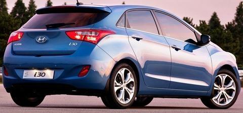 Hyundai-i30_2013_chico11