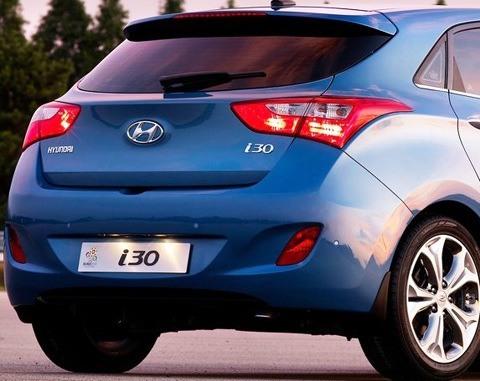 Hyundai-i30_2013_chico12
