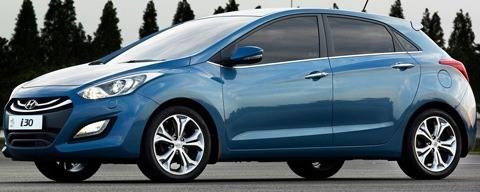 Hyundai-i30_2013_chico3