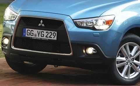 Mitsubishi-ASX_2012-07