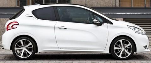 Peugeot 208 2013-chico9