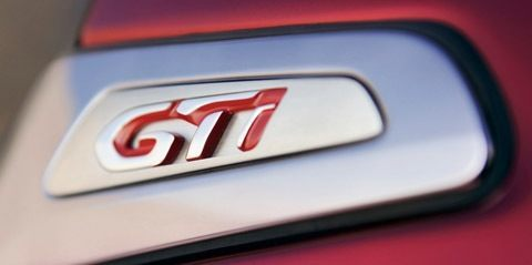 Peugeot 208 GTi Concept-chico4