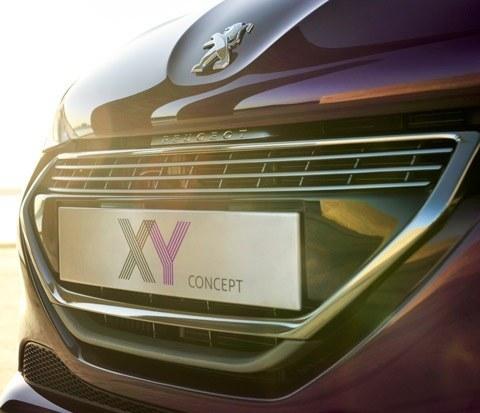 Peugeot 208 XY Concept-chico3