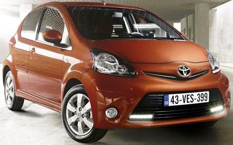 Toyota Aygo 2012-chico3
