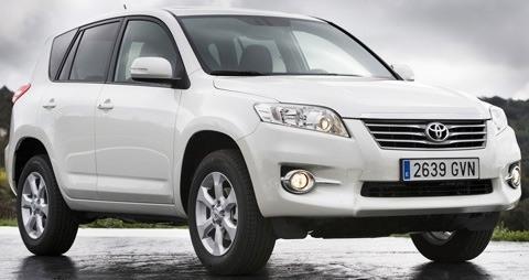 Toyota-RAV4_2011_10