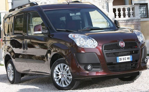 Fiat-Doblo_2010_1280x960_wallpaper_02