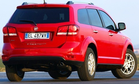 Fiat-Freemont_AWD_2012_1280x960_wallpaper_1f
