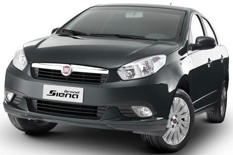 Fiat-Grand-Siena-2013-chico3