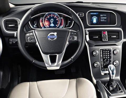 Volvo V40--2013-chico2
