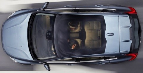 Volvo-V40-2013-chico3
