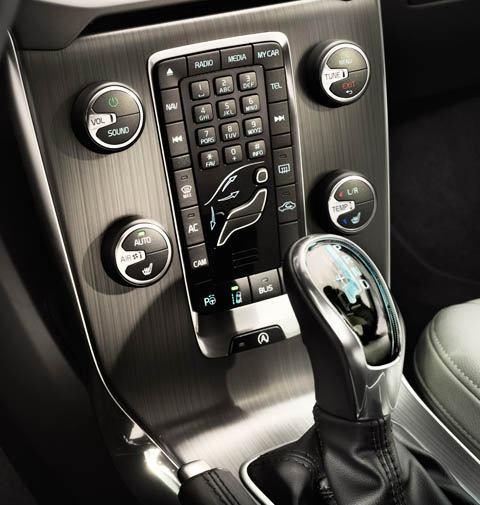Volvo V40--2013-chico4