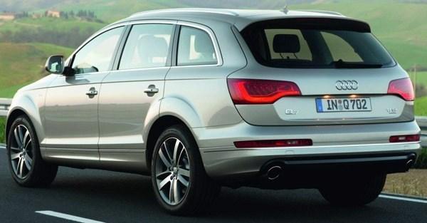Audi-Q7_2012_05