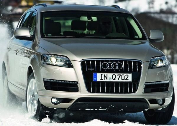Audi-Q7_2012_11