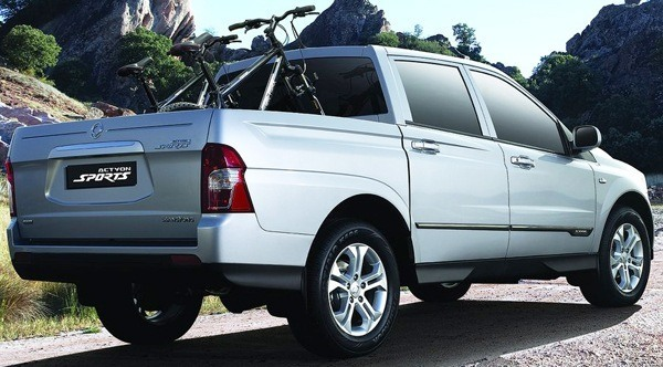 SsangYong-Actyon_Sports_2013_02