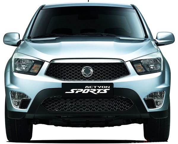 SsangYong-Actyon_Sports_2013_14