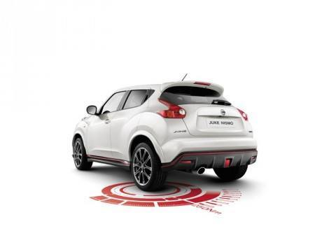 867575_-_JUKE_2013_NISMO_-_34_Rear_View_with_Graphics