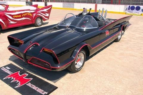 1960s_Batmobile_(FMC)