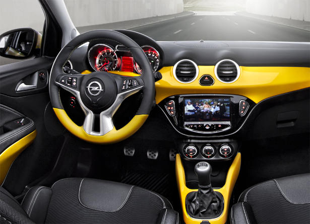 Opel-Adam interior