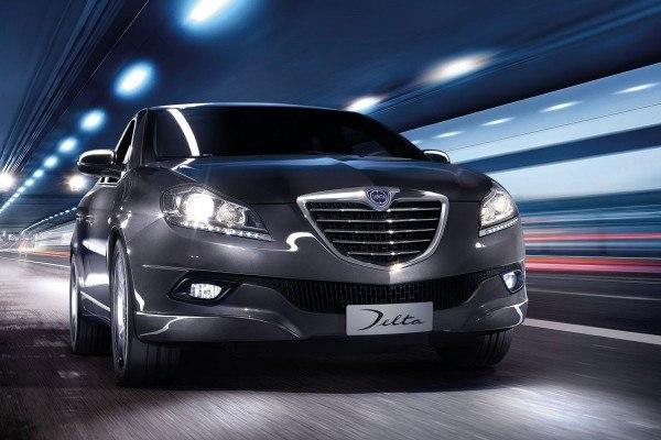 la-lista-de-coches-que-llegan-a-los-concesionarios-en-2014-LANCIA