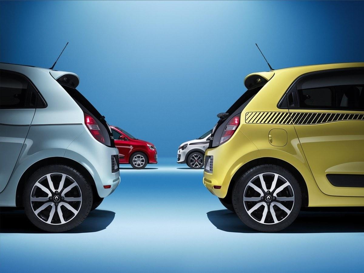 Renault-Twingo-2014-enfrentados