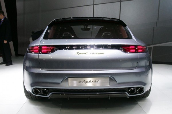 Porsche-Panamera-2016-trasera