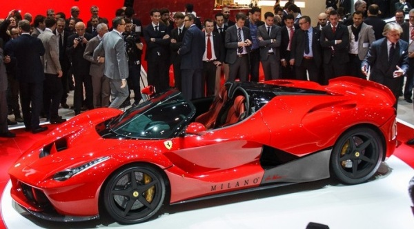 Ferrari-LaFerrari-Spider