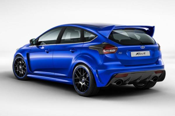 ford-focus-rs-trasera