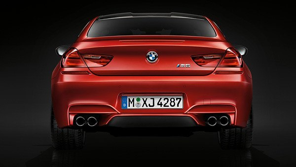BMW-M6-coupe-trasera