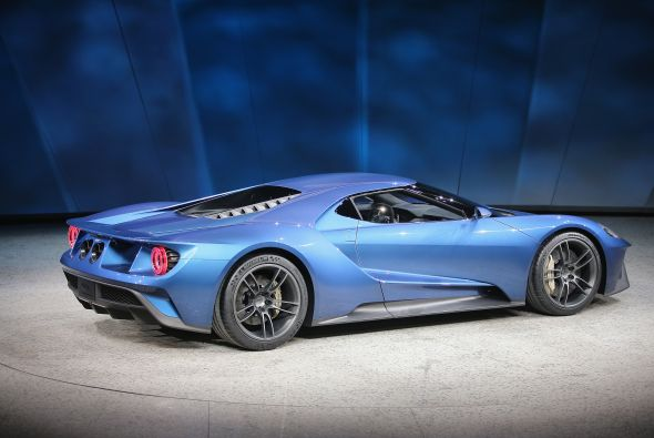 ford-gt-trasera