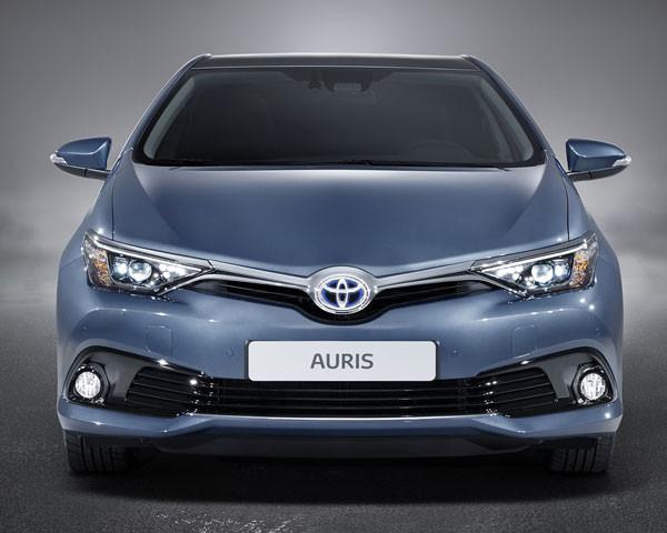 Toyota Auris 2015 Motor