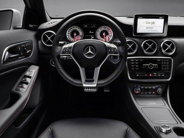 Mercedes clase a 2018 precios ficha t cnica y fotos for Interior mercedes clase a