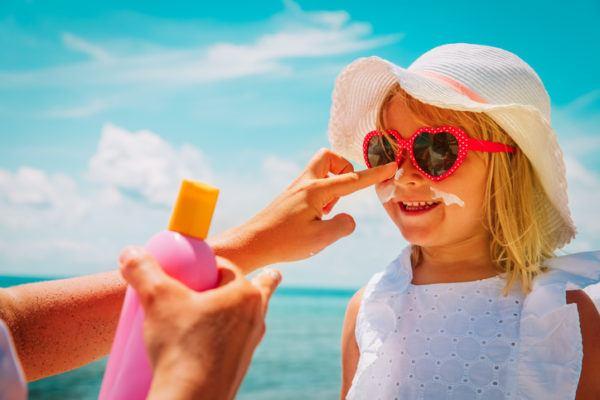 Claves para viajar con ninos vacaciones destinos consejos prevencion