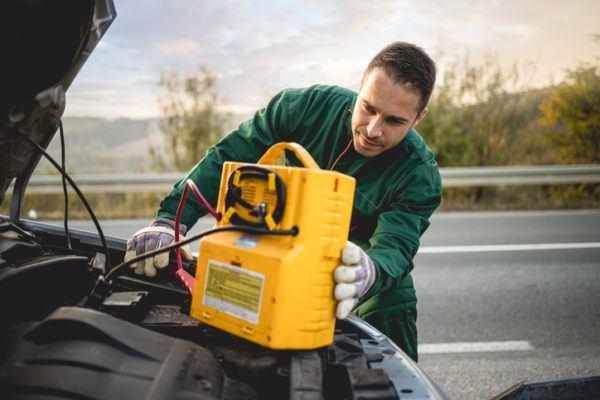 Los mejores trucos y consejos para arrancar un coche sin bateria taller seguro