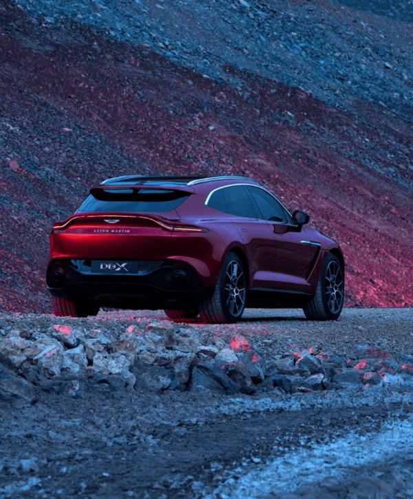 Aston Martin DBX 2021 UK