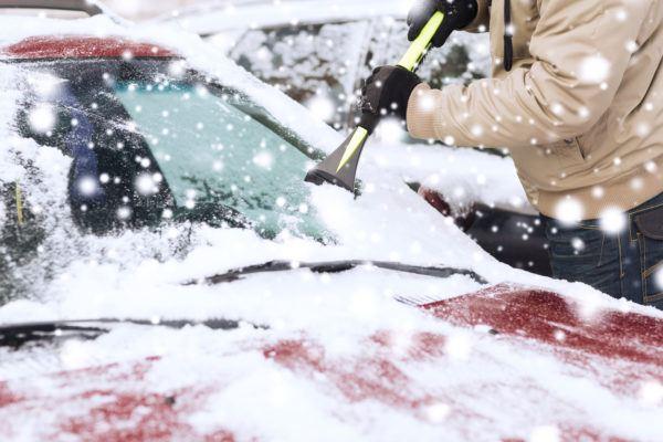 Como hielo nieve coche para no danarlo