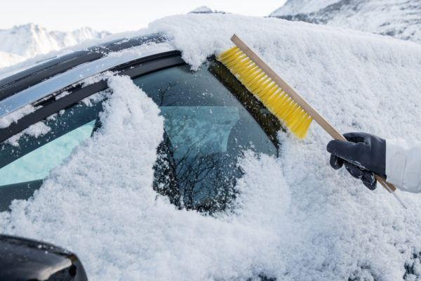 Hielo nieve coche para no danarlo