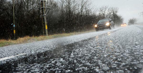 Los mejores trucos consejos para conducir por hielo nieve sin perder control