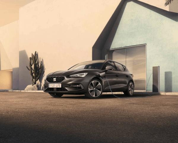 Los mejores coches híbridos en 2021 Seat León PHEV